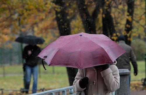 Пресса о ЖКХ - В Москве выпал первый снег, не ставший неожид…